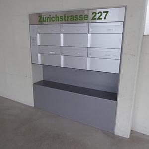 Briefkasten-Anlage Garage