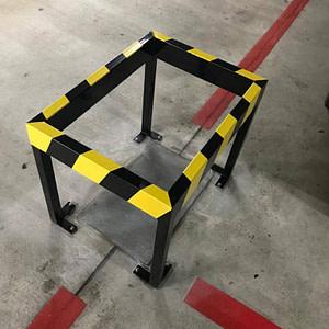 Rammschutz aus Rechteck- und Vierkantrohr für Garage