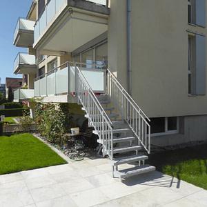 Treppe mit Türli