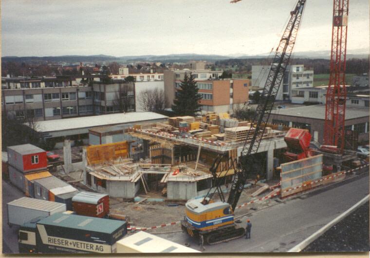 Rechts im Bild die Werkstatthöhe 1994